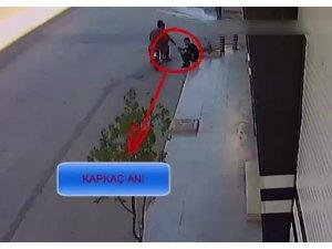 Kameralara yansıyan motosikletli kapkaççılar yakalandı
