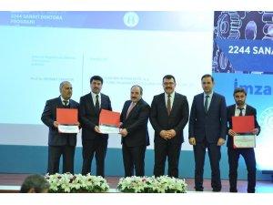 Üniversite - Sanayi işbirliğine Bakan Varank'tan teşekkür