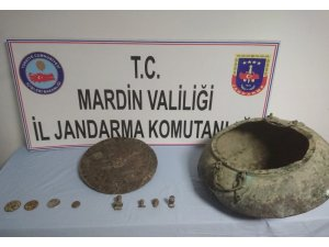 Mardin'de tarihi eser kaçakçılarına operasyon
