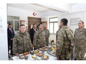 Vali Türker Öksüz, Hudut Karakolları'nda