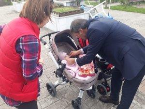 Başkan Alemdar, çocukların mutluluğuna ortak oldu