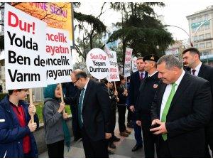 """""""Öncelik Hayatın, Öncelik Yayanın"""" sloganı ile Trabzon'da sokağa çıktılar"""