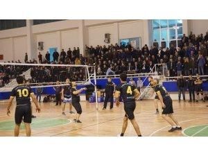 Çivril'de voleybol turnuvası sona erdi