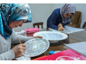 Denizli'de  Türk el sanatları yaşatılıyor