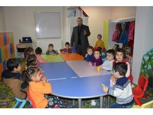 Müftü Eşmeli'den minik öğrencilere ziyaret
