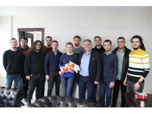 Ümit Bahtiyar üniversite öğrencileri ile bir araya geldi