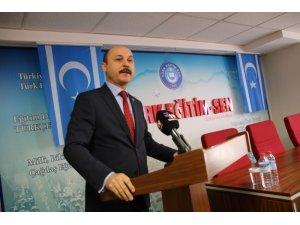 Türk Eğitim-Sen'in Iraklı Türkmen eğitimciler için düzenlediği kursun sertifika töreni yapıldı