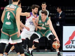 Tahincioğlu Basketbol Süper Ligi: Anadolu Efes: 93 - Banvit: 85