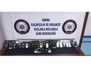 Adana'da 102 kaçak cep telefonu ele geçirildi