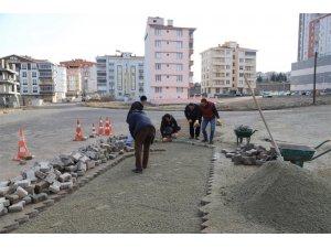 Nevşehir Belediyesi ekipleri yol bakım ve tamir çalışmalarını sürdürüyor