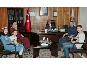 Gazzeli Esma Yunus, YÖK Başkanına teşekkür etti