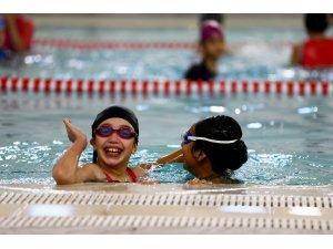 Denizli'de 100 bin kişi yüzme eğitimi aldı