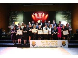 9'uncu Altın Havan Ödül Töreni isim sponsoru olan 'Avicenna' beratını aldı