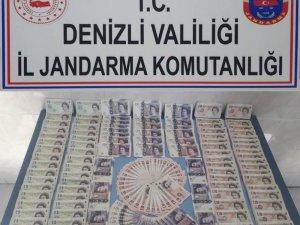 Denizli'de kalpazanlara sahte İngiliz poundu operasyonu