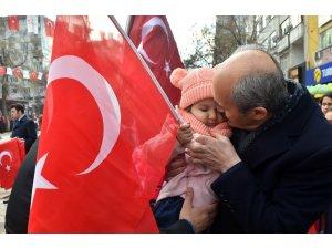 12 Şubat'ın anısına 12 bin Türk Bayrağı