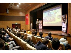 Rektör Sabuncuoğlu'ndan Kolejlerde Seminer