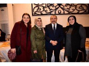 """Başkan İsmail Erdem: """"İnsana hizmet etmekten başka hiçbir derdimiz yok. Onun için Ataşehir'e talibiz"""""""