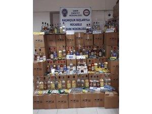 İzmir'de sahte içkiyi piyasa sürecekti, yakalandı