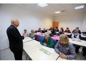 Yenimahalle'de okuma yazma seferberliği sürüyor