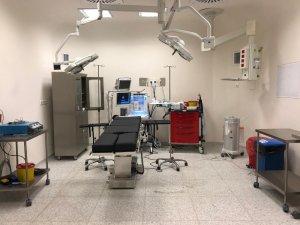 Türkoğlu Devlet Hastanesi'nde ilk ameliyat başarıyla yapıldı