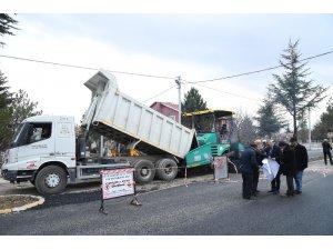 Mehmet Tönge Mahallesi'nde asfalt çalışması
