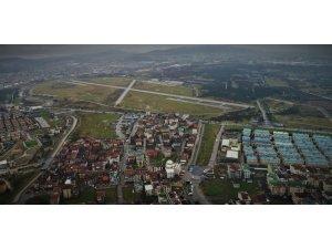 Taşınması beklenen 4. Kara Havacılık Alay Komutanlığı havadan görüntülendi