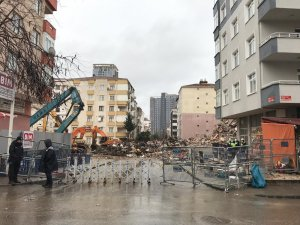 Kartal'daki Yunus Apartmanı'nda yıkım tamamlandı