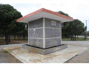 Burhaniye Belediyesine su bağışladı