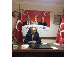 """MHP'li Aydın: """"CHP zihniyeti ile Bayraklı 10 yıldır aynı"""""""