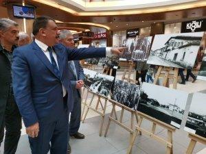 Malatya Park'ta Atatürk sergisi açıldı