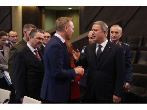 Millî Savunma Bakanı Akar, ABD Savunma Bakan Vekili Shanahan ile görüştü