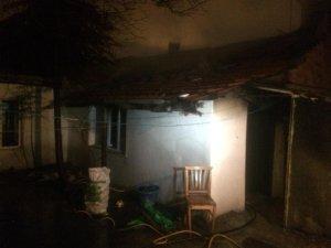 Soba yangını bir aileyi neredeyse yok ediyordu
