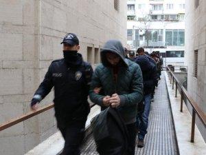 Bursa merkezli 20 ildeki FETÖ operasyonunda 32 şüpheli adliyeye sevk edildi