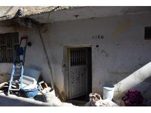 Yardıma muhtaç ailenin evi yeniledi
