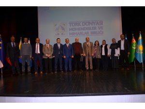 'Sibirya'dan Anadolu'ya Taştaki Türkler' konuşuldu