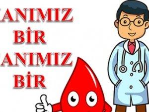 Sağlık çalışanları kan bağışı için sıraya girdi