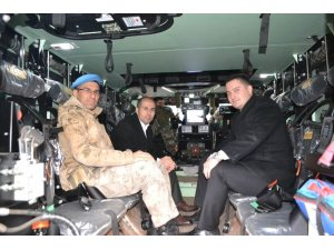Kaymakam Özadalı'dan askeri tabura ziyaret