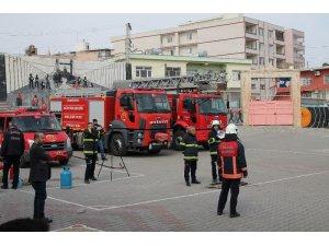 Midyat'ta 200 öğrencinin katılımı ile yangın tatbikatı yapıldı
