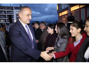 """Kültür ve Turizm Bakanı Ersoy: """"Hedefimiz Hatay ve Arsuz'un turizmle anılmasıdır"""""""