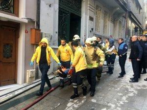 Beyoğlu'nda yangın faciası: 3 ölü, 2 yaralı