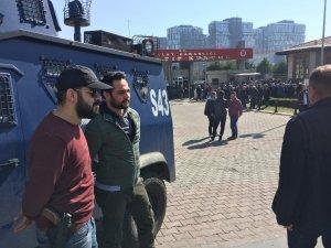 Arnavutköy'de çatışmada ölenlerin ve intihar eden ağabeyin cenazesi Adli Tıp'tan alındı