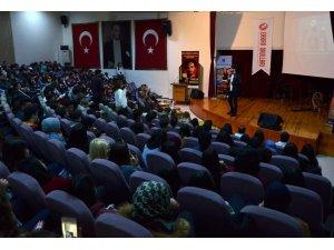 Adana'da öğrencilere stres yönetimi semineri