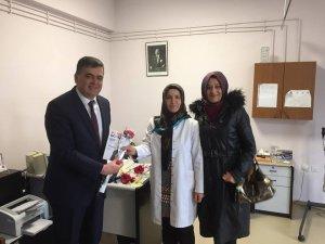 Başkan Yalçın, sağlık çalışanlarının gününü kutladı