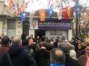 AK Parti Eyüpsultan Belediye Başkan adayı Köken vatandaşlara projelerini anlattı