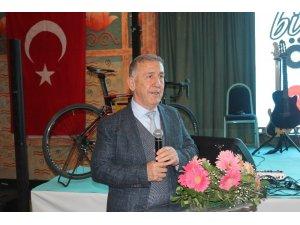 """Başkan Küçükbakırcı: """"Türkiye'de son iki yılda bisiklet kullanımı yüzde 50 artmış"""""""