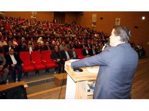 """Ali Yalçın, """"Eğitim-Bir-Sen, bütün mazlum coğrafyalarda yeni bir umudu temsil ediyor"""""""