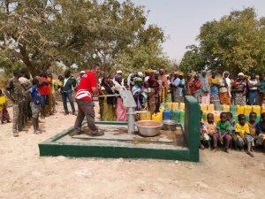 İnsani Yardım Organizasyonu WEFA Burkina Faso'da yardıma muhtaç aileleri sevindirdi