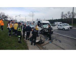 TEM'de otoyolu Hadımköy gişelerde kaza: 1 ölü, 2 yaralı