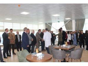 Düzce Üniversitesi Araştırma Uygulama Hastanesi'nde 14 Mart Tıp Bayramı Kutlandı