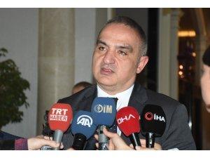 """Bakan Ersoy: """"Turizm anlayışımız Türkiye'de değişiyor"""""""